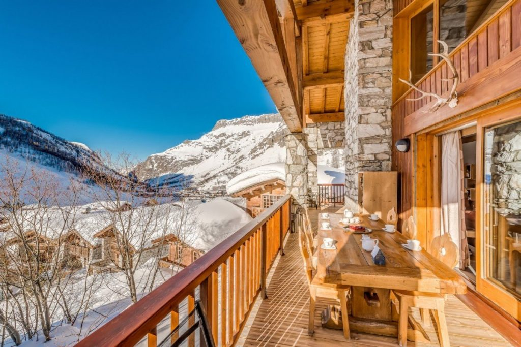 Val d'Isere, Chalet Elephant Blanc . Easter in the Alps